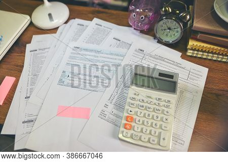 Planning Budget And Tax Concept.calendar 2019 And Individual Income Tax Form For Who Have Income Acc