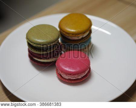 Macaron Many Color In White Plate, Dessert Snacks