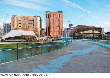 Adelaide, South Australia - September 7, 2020: Adelaide Cbd Skyline With The New Skycity Casino Buil