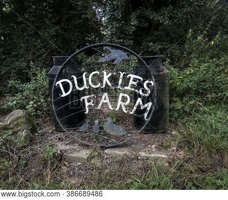Smarden, Kent, Uk, September 2020 - A Wrought Iron Farm Name Sign For Duckies Farm