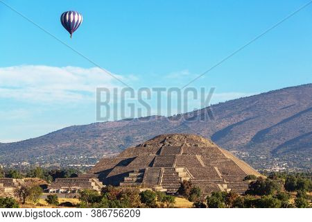 Teotihuacan ancient historic cultural city, famous old ruins of Aztec civilization, Mexico, North America