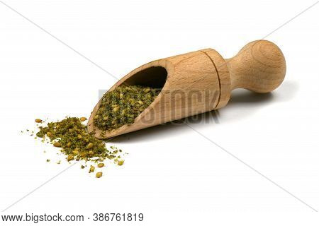 Za'atar (zatar), Blend Of Herbs, Sesame Seeds And Salt In Pile On White Background. High Resolution