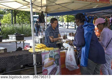 Bronx, New York/usa - August 31, 2020: Vendor Selling Food Duing Outdoor Festival Near Yankee Stadiu