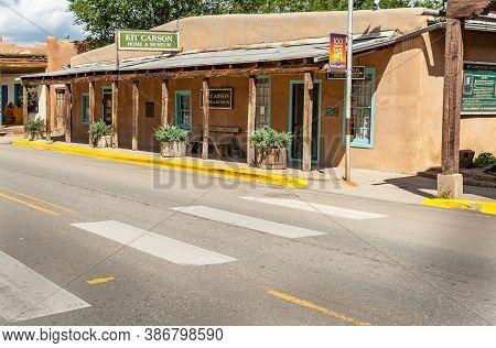 Taos Usa - September 16 2015; Kit Carson Home And Museum Building Taos, New Mexico, Usa.