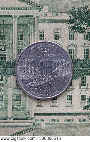 A Quarter Of Missouri On Us Dollar Bills. Symmetric Composition Of Us Dollar Bills And A Quarter Of