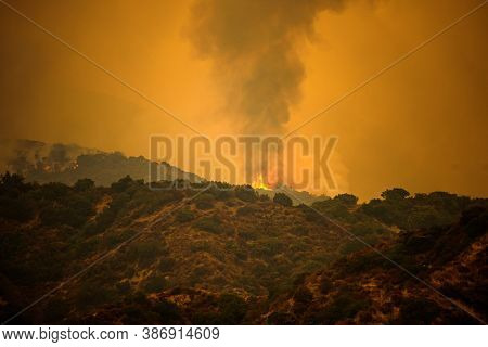 Fire And Smoke In The Mountains Of California. Forest Fires. Air Pollution. Toxic Smoke. Fires In Th