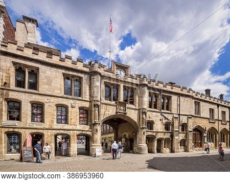 3 July 2019: Lincoln, Lincolnshire, Uk - The Stonebow Arch And Guildhall, A 16th Century Building In
