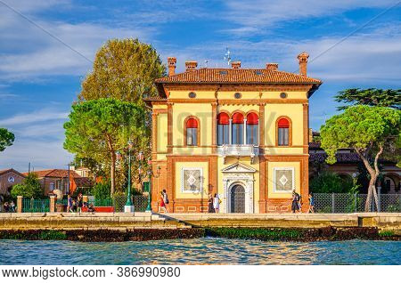 Venice, Italy, September 14, 2019: Palazzina Canonica Palace Cnr-ismar In Castello Sestiere, View Fr