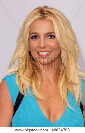 LOS ANGELES - JUL 28:  Britney Spears arrives at the
