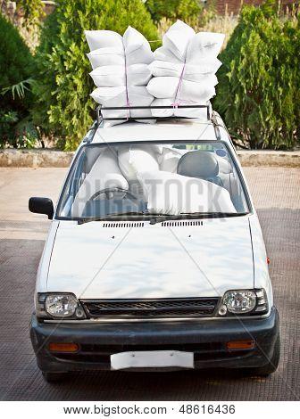 Carro velho, bom pessoal de Airbags. Piada.