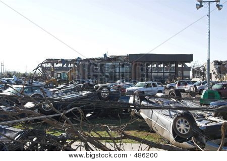 Tornado Damage Tn 14
