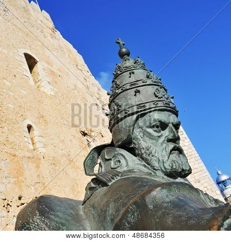 PENISCOLA, SPAIN - JULY, 26: Sculpture of Benedict XIII on July 26, 2013 in Peniscola, Spain. The statue, designed by Sergio Blanco, is a tribute to Papa Luna, who established the papacy in Peniscola