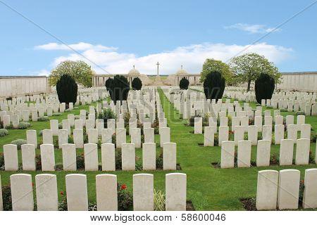 Dud Corner First World War British cemetery