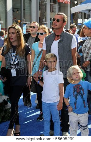 Gavin Rossdale with Kingston Rossdale and Zuma Rossdale at the