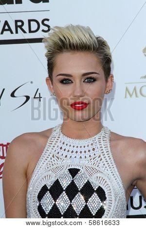 Miley Cyrus at the 2013 Billboard Music Awards Arrivals, MGM Grand, Las Vegas, NV 05-19-13