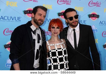 Jeremy Davis, Hayley Williams, Taylor York of Paramore at the 2013 Teen Choice Awards Arrivals, Gibson Amphitheatre, Universal City, CA 08-11-13
