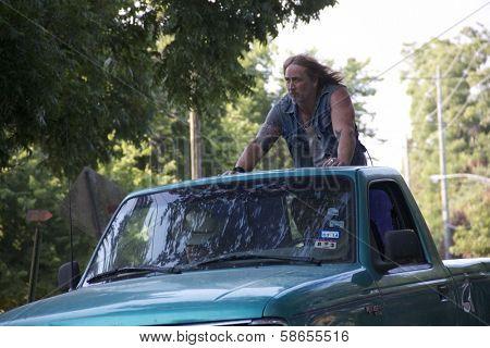 Greg Ingram as Simon on set of