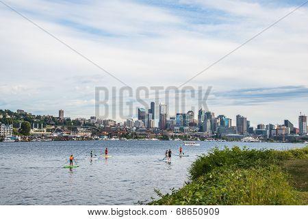 Seattle Skyline Paddle Boarding  Lake Union Gas Works Park