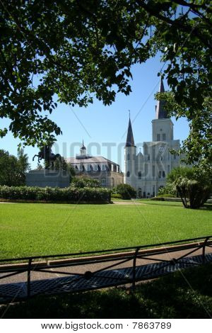Jackson Square & St. Louis Cathedral in New Orleans