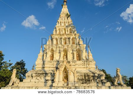 Wat Chedi Liam or Wat Ku Kham in the ancient Thai city of Wiang Kum Kam Thailand poster