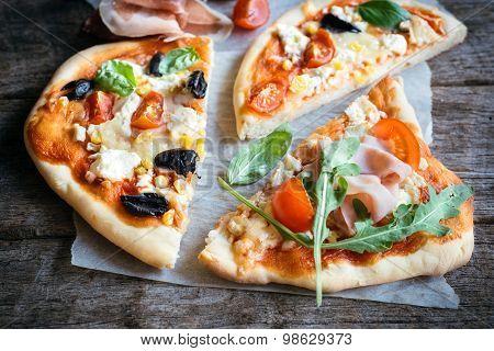Mini Pizzas Slices