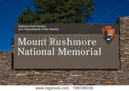 Mount Rushmore National Memorial Sign