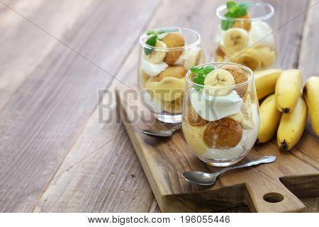 homemade banana pudding, Southern dessert