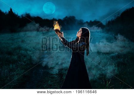 Dark Witch Conjures