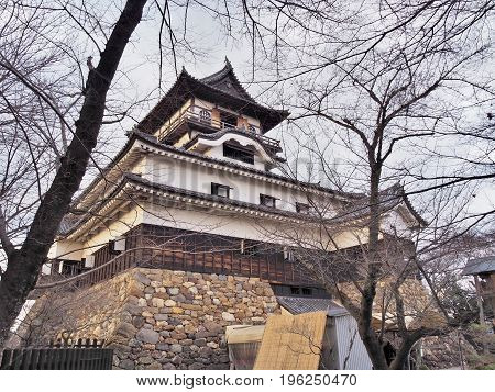Inuyama Castle is a Japanese castle in the city of Inuyama, Aichi Prefecture, Japan.The castle was constructed in 1537, and It is one of only 12 surviving Japanese castles built before the Edo period.