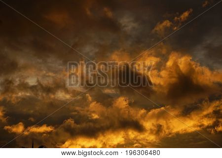 Cumulonimbus in sunset time like to be hard rain or strom
