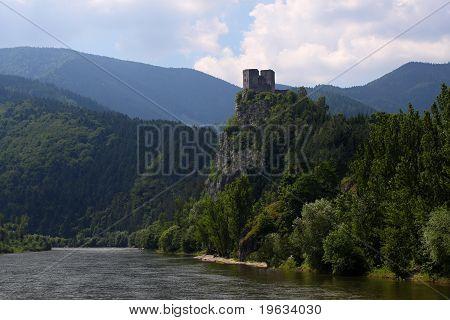 Castle Strecno