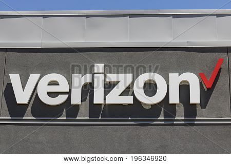 Las Vegas - Circa July 2017: Verizon Wireless Retail Location. Verizon is the largest U.S. wireless communications service provider XVIII