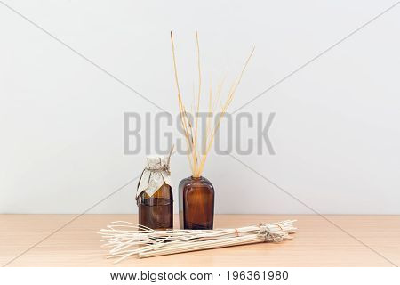 Reed Diffuser room aroma set scent on wood