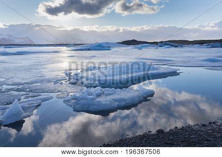 Jakulsarlon winter season lagoon beautiful natural landscape background