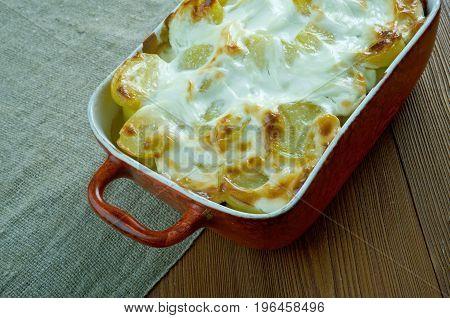 Fish And Fennel Potato Pie