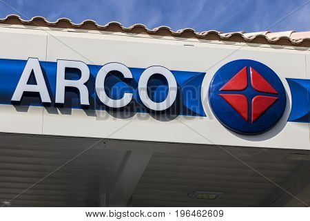 Las Vegas - Circa July 2017: ARCO Retail Gas Station. ARCO is part of the Tesoro Corporation II
