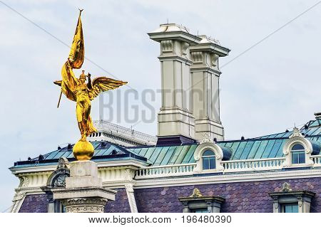 Dwight Eisenhower Old Executive Office Buidling Golden Winged Victory Statue First Division Army World War 1 Memorial President's Park Washington DC. Created 1924 Sculptor Daniel French Smith right next to Old Executive Office Building and White House