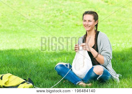 Young Woman   Knits