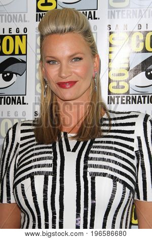 SAN DIEGO - July 20:  Natasha Henstridge at the Comic-Con Day One at the Comic-Con International on July 20, 2017 in San Diego, CA