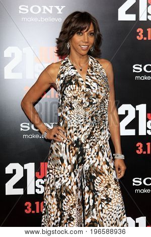 LOS ANGELES - APR 13:  Holly Robinson Peete at the