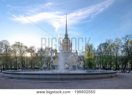 Russia Saint-Petersburg 23 MAY 2017 : The park opposite the Saint Issac Cathedral at the evening time. And it's a good weather time for relaxing. many people at here.