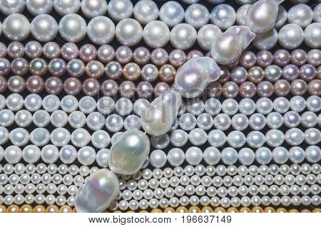 Japanese pearl threads with different colors and diameters