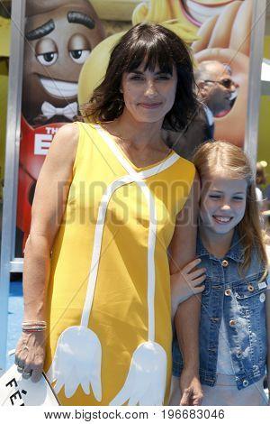 LOS ANGELES - JUL 23:  Constance Zimmer, Colette Zoe Lamoureux at