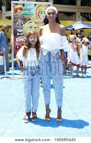 LOS ANGELES - JUL 23:  Tallulah Ruth Dash, Rachel Roy at