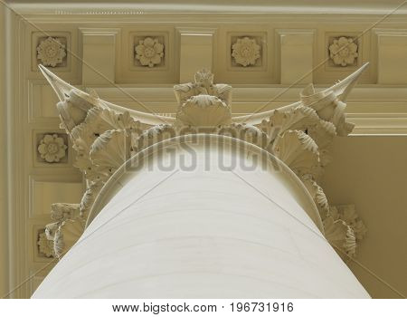 Classical architecture. Elements of columns.The upper honor of the column.