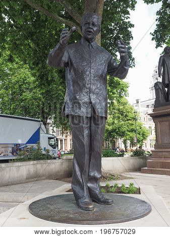 Mandela Statue In London