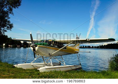 A view of an Alaska float plane docked on Lake Hood