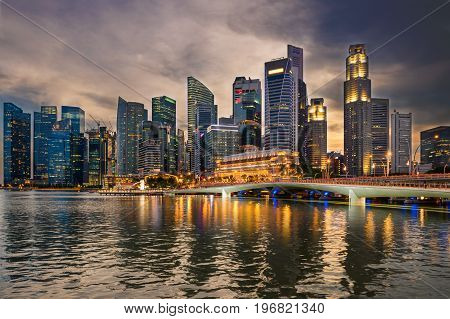 Business downtown in Singapore at twilight, Urban