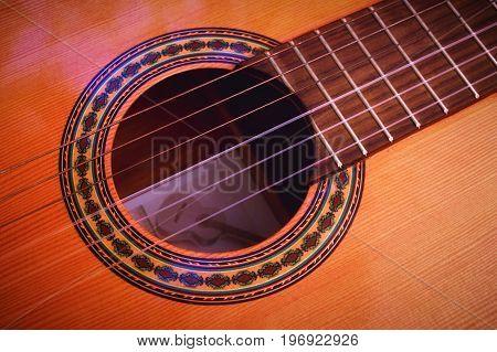 Feel the rhythm of flamenco music with the Spanish guitar