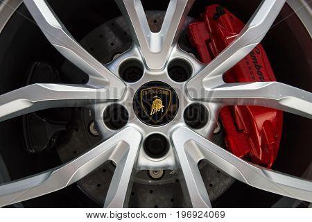 BERLIN - MAY 02 2015: Showroom. Wheels and braking system of a sports car Lamborghini Huracan Lr 610 4. Produced since 2014.